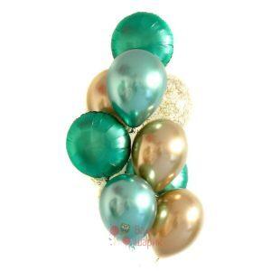 Композиция золотых и зеленых хромированных шаров и прозрачных с золотыми блестками