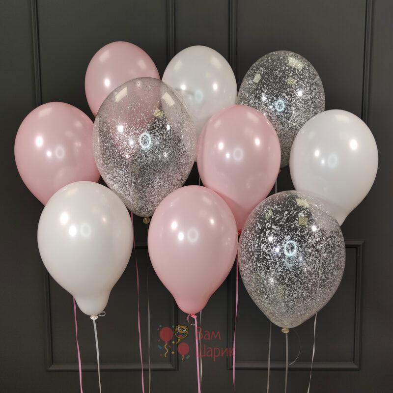 Облако бело-розовых и прозрачных шаров с серебряными блёстками