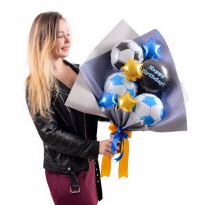 Букет из мини-фигур: 3 футбольных мяча, черный круг Happy birthday, 2 синих и 2 золотых звезды