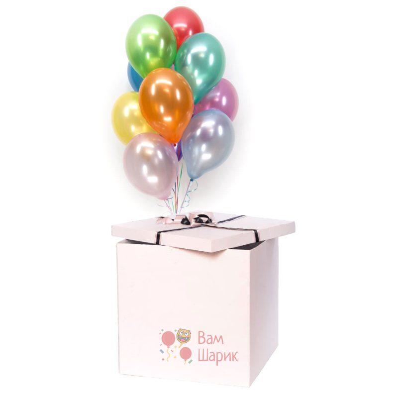 Разноцветные шары металлик в коробке
