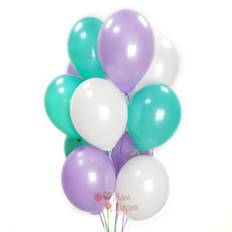 Облако белых мятных и фиолетовых шаров