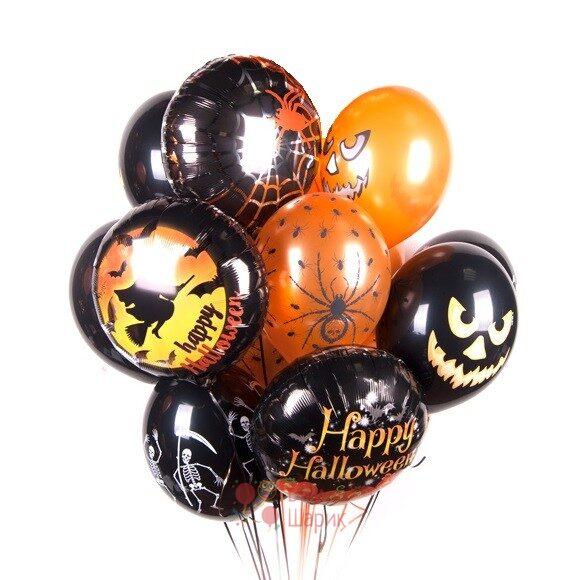 Композиция из шаров на Хэллоуин с тыквами, скелетами и пауками