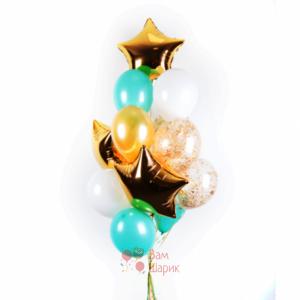 Композиция из бело-мятных, прозрачных шаров с золотыми блестками и звездами