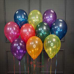 Облако разноцветных шаров со смешариками