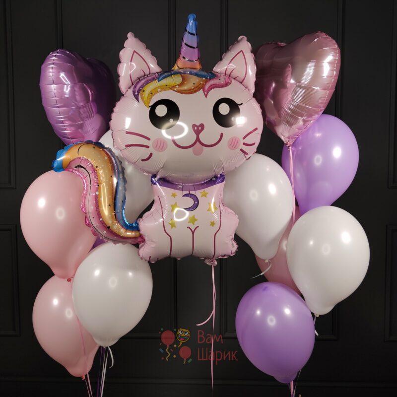 Композиция из нежных шаров с розовым Котом-Единорогом