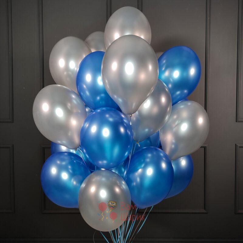 Облако синих и серебряных шаров металлик