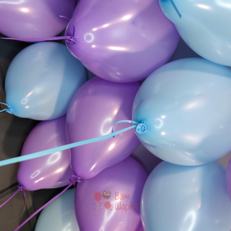 Облако сиренево-голубых шаров