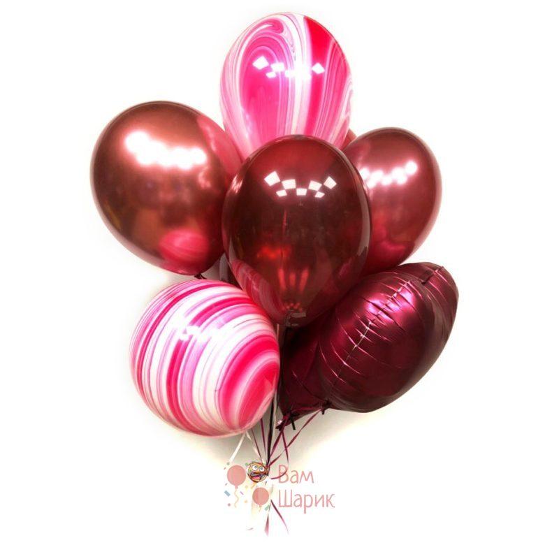 Композиция из красных шаров с розовыми агатами