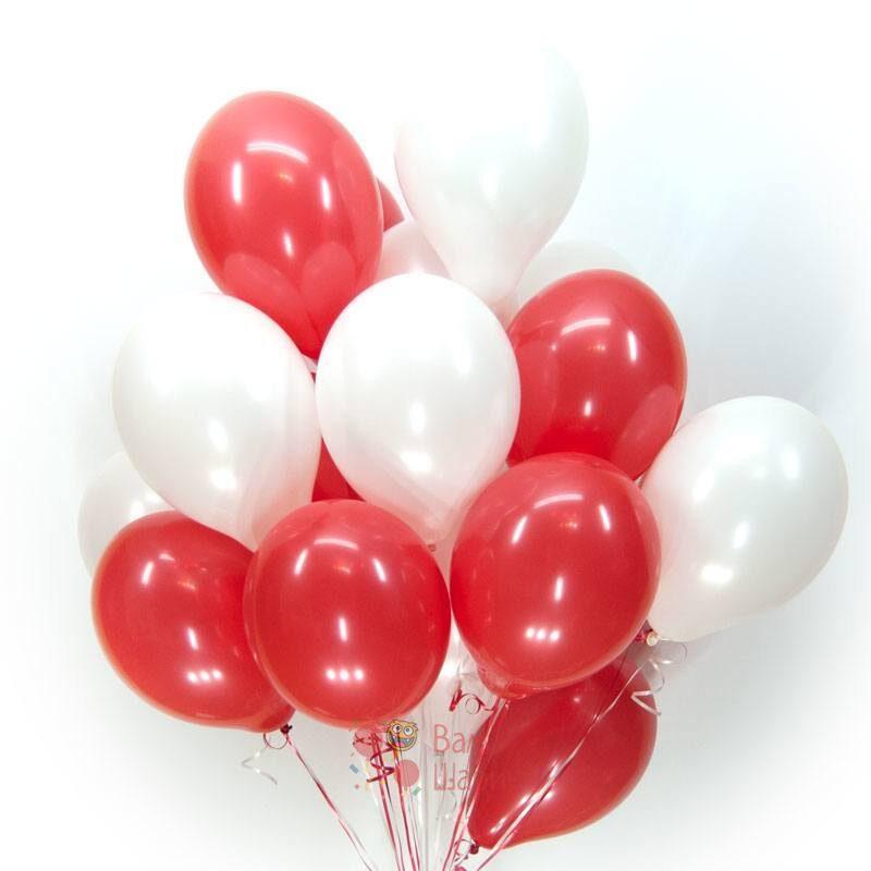 Облако бело-красных шаров