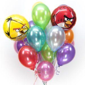 Композиция из разноцветных шаров металлик с Angry Birds